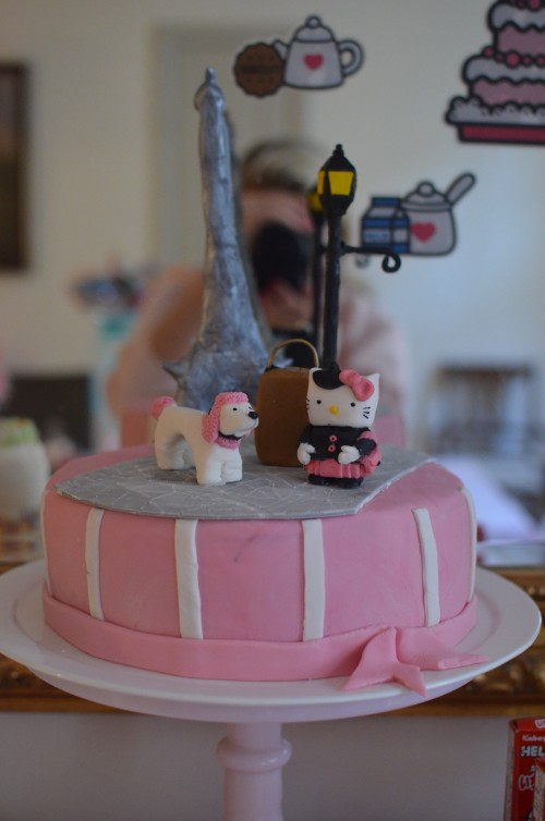 This amazing cake made was made by my very talented sister in law. I loved it so much ( and saved the little sugar fondant figurines).