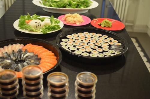 Tarjoilimme Japanilaisen Hello Kittyn kunniaksi sushia ja muuta Japanilaista ruokaa.